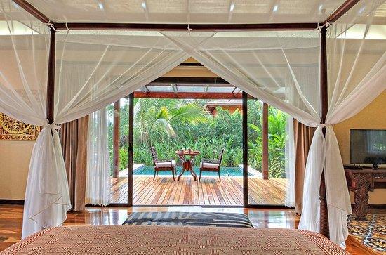 barefoot luxury design hotel in the volcano area