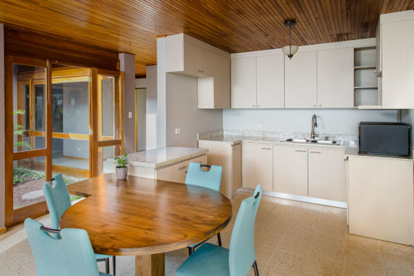 final results for the kitchen renovation in this home